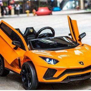 Xe ô tô điện trẻ em Lamborghini LT 998 màu cam sáng, sang trọng nổi bật. Siêu xe đích thực cho các bé yêu