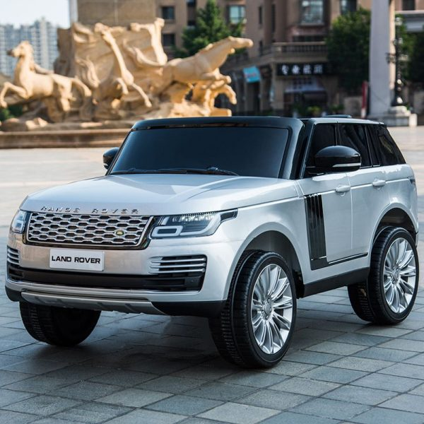 Xe ô tô điện trẻ em Land Rover màu Xám Bạc sang trọng vào cao cấp