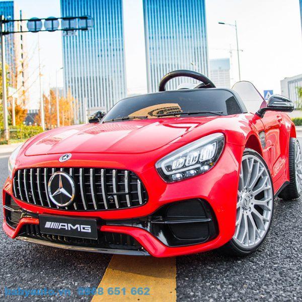 Xe ô tô điện trẻ em Mercedes MH 2588 cho bé yêu sang trọng, thể thao.